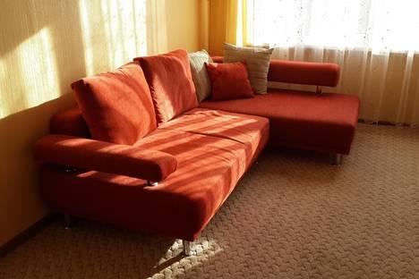 Сдается 2-комнатная квартира посуточнов Орске, ул. Машиностроителей, 11а.