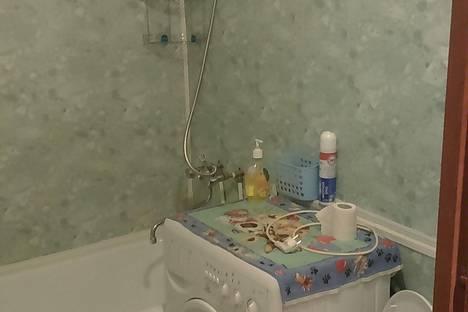 Сдается 2-комнатная квартира посуточно в Петрозаводске, Красноармейская ул., 20.