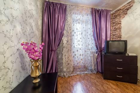 Сдается 2-комнатная квартира посуточнов Екатеринбурге, Гурзуфская,26.