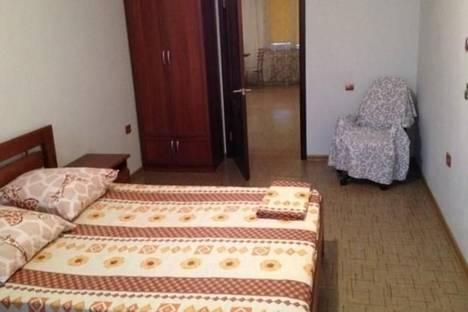 Сдается 2-комнатная квартира посуточно в Новороссийске, Интернациональная, 2.