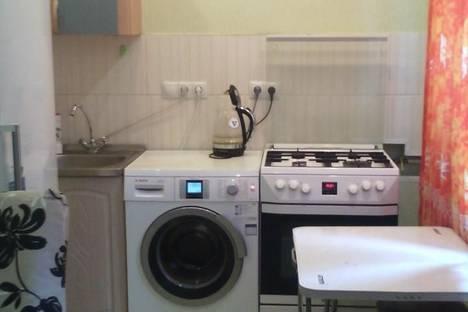 Сдается 3-комнатная квартира посуточно в Тюмени, ул. Урицкого, 44.