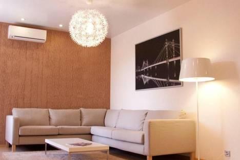 Сдается 1-комнатная квартира посуточнов Екатеринбурге, ул. Кузнечная, 83.