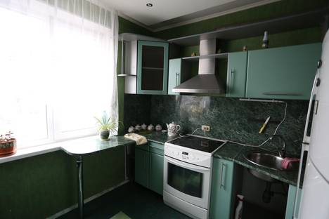 Сдается 1-комнатная квартира посуточнов Копейске, ул. Чайковского, 185.