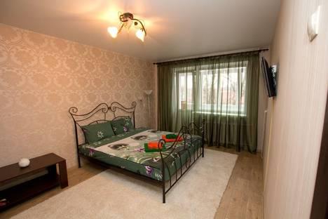 Сдается 1-комнатная квартира посуточно в Бобруйске, Октябрьская, 122.