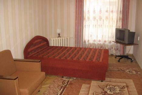 Сдается 2-комнатная квартира посуточнов Ачинске, 4-й микрорайон, 8.