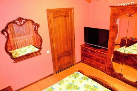 Сдается 2-комнатная квартира посуточно в Костроме, ул. Ново-Полянская, 3а.