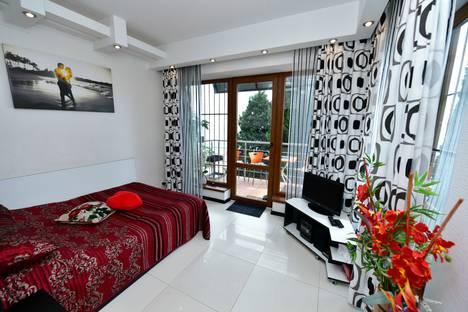 Сдается 2-комнатная квартира посуточнов Ялте, Дражинского 29.