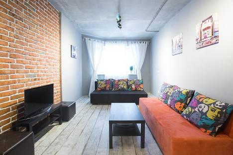 Сдается 2-комнатная квартира посуточно в Долгопрудном, Набережная 27.