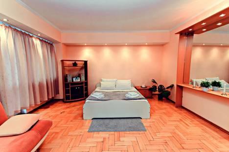 Сдается 3-комнатная квартира посуточнов Москве, проспект Вернадского, 38А.