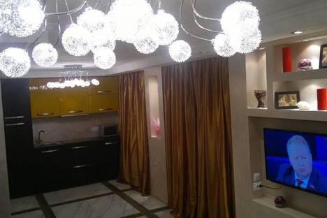 Сдается 2-комнатная квартира посуточнов Самаре, ул. Николая Панова, 50.