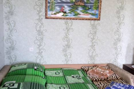 Сдается 1-комнатная квартира посуточно, Перекопской Дивизии 3а.