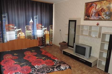 Сдается 2-комнатная квартира посуточно в Челябинске, Энгельса, 73.