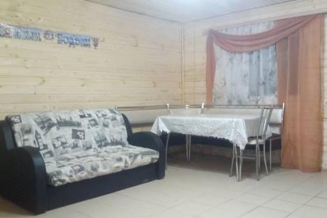 Сдается коттедж посуточнов Хвалынске, ул. 1 Мая, 158.