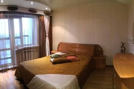 Сдается 1-комнатная квартира посуточнов Екатеринбурге, Щорса 105.
