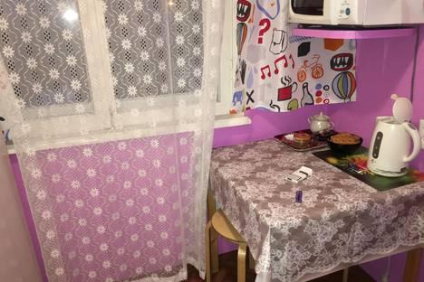 Сдается 2-комнатная квартира посуточнов Мончегорске, проспект Кирова, д.13 кор.3.