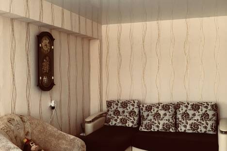 Сдается 2-комнатная квартира посуточно, Гагарина 156.