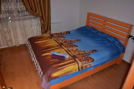Сдается 2-комнатная квартира посуточно в Алматы, Самал-1, 18.