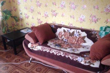 Сдается 1-комнатная квартира посуточнов Омске, ул. Лукашевича, 5.