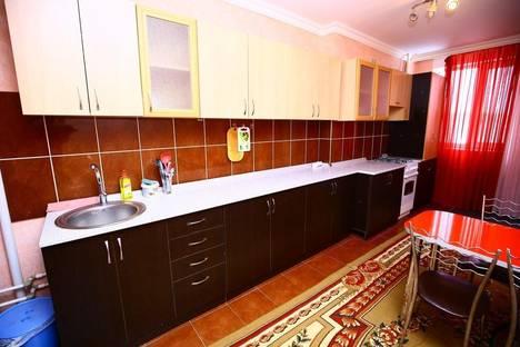 Сдается 2-комнатная квартира посуточнов Актобе, 12 мкр 52д.