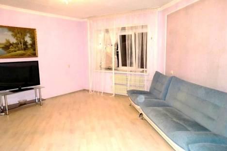 Сдается 1-комнатная квартира посуточнов Воронеже, ул. Генерала Лизюкова, 66.