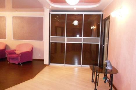 Сдается 2-комнатная квартира посуточнов Санкт-Петербурге, Заневский проспект 59.