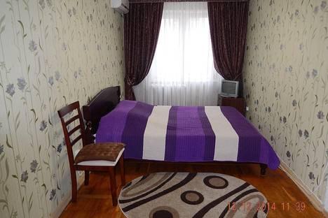 Сдается 2-комнатная квартира посуточно в Ялте, пер. Киевский 10.
