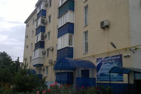 Сдается 3-комнатная квартира посуточно в Евпатории, пр.Ленина 25 б.