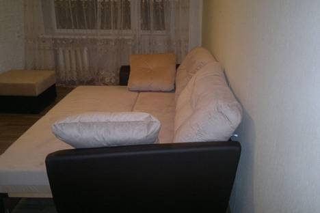 Сдается 1-комнатная квартира посуточно в Волжском, ул. Энгельса, 22.