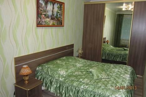 Сдается 2-комнатная квартира посуточнов Барановичах, ул.Ленина д.1 Площадь.