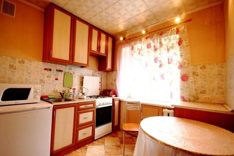 Сдается 2-комнатная квартира посуточно во Владимире, ул. Даргомыжского, 20.