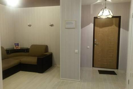 Сдается 2-комнатная квартира посуточно, ул. Варейкиса, 42.