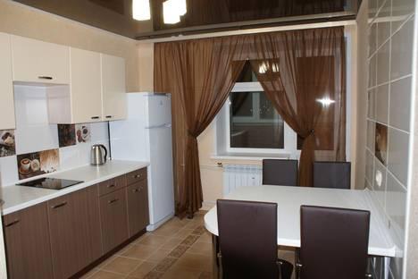 Сдается 2-комнатная квартира посуточно в Ярославле, Гончарова, 30.