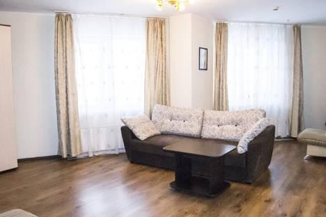 Сдается 2-комнатная квартира посуточнов Перми, бульвар Гагарина, 65а, 8 этаж.