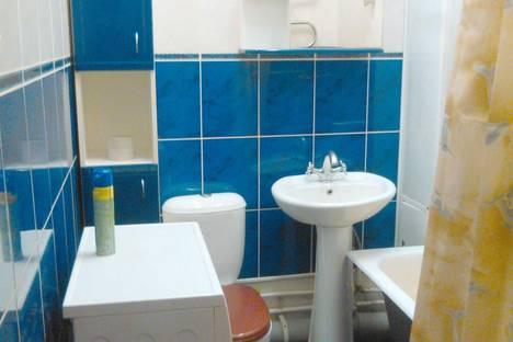 Сдается 1-комнатная квартира посуточнов Биробиджане, ул. Дзержинского, 20А.