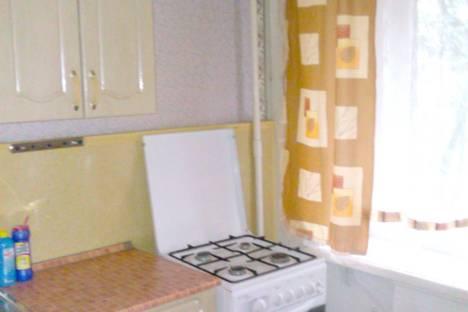 Сдается 1-комнатная квартира посуточнов Биробиджане, Комсомольская ул., 4.