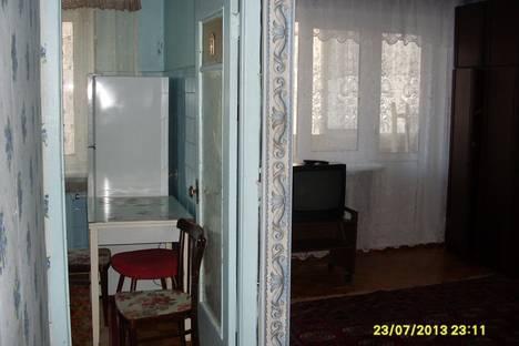 Сдается 2-комнатная квартира посуточно в Серпухове, ул. Советская, 110.
