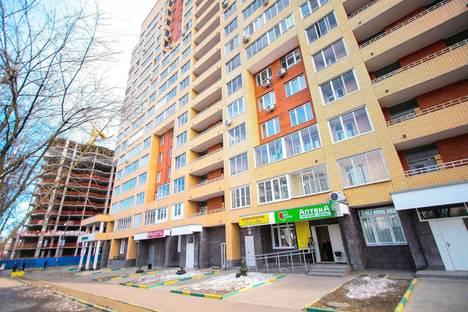 Сдается 1-комнатная квартира посуточно в Химках, ул. Мичурина, 15.