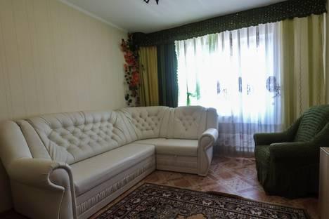 Сдается 1-комнатная квартира посуточно в Омске, Комарова 27/5.