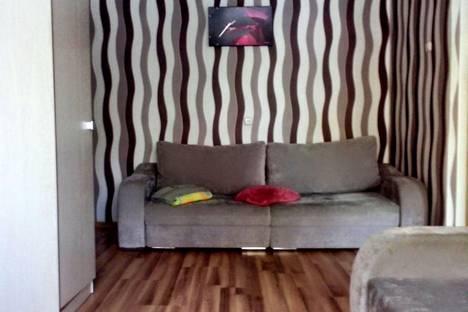 Сдается 2-комнатная квартира посуточнов Лиде, Улица Фрунзе 1.