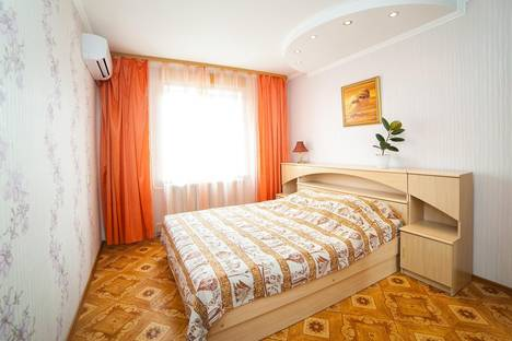 Сдается 2-комнатная квартира посуточно в Кургане, ул. Рихарда Зорге, 15.