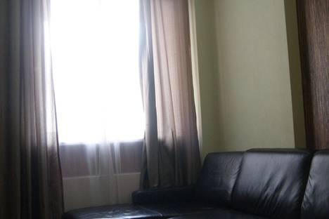 Сдается 2-комнатная квартира посуточно, ул. Ильича, 41.