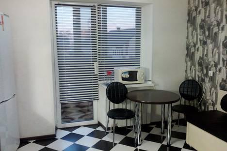 Сдается 1-комнатная квартира посуточно в Котласе, Орджоникидзе, 26.