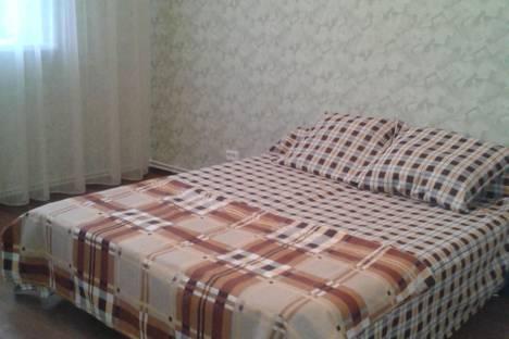 Сдается 2-комнатная квартира посуточно в Ульяновске, ул. Островского, 11.