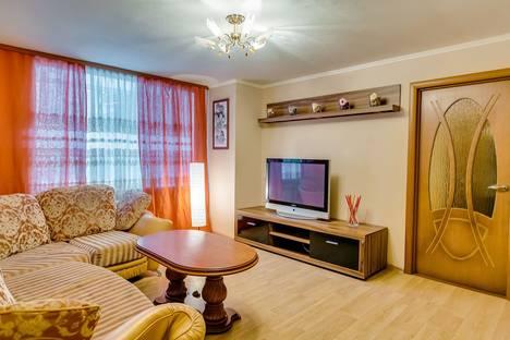 Сдается 3-комнатная квартира посуточно в Ростове-на-Дону, проспект Соколова, 85.
