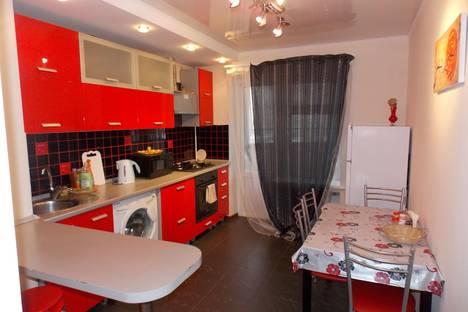 Сдается 3-комнатная квартира посуточно в Казани, ул. Четаева, 39.