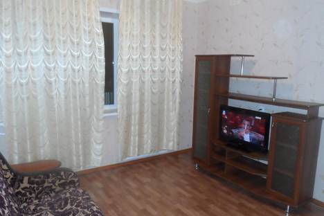Сдается 2-комнатная квартира посуточно в Белокурихе, ул. Братьев Ждановых, 3.