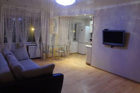 Сдается 3-комнатная квартира посуточно, ул. Ленина, 78.