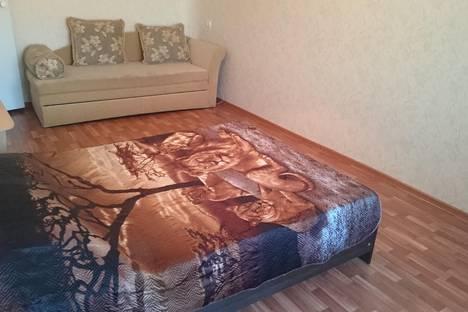 Сдается 1-комнатная квартира посуточно в Волжском, проспект им Ленина, 162.