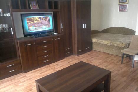 Сдается 1-комнатная квартира посуточно в Евпатории, пр.Ленина 52.