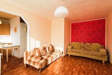 Сдается 2-комнатная квартира посуточнов Екатеринбурге, ул. Металлургов, 10А.